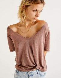 V-neck T-shirt from Pull & Bear